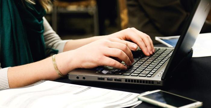 Adminet asiakastuki - Kuka auttaa kun järjestelmä tökkii - Blogi: Admicom