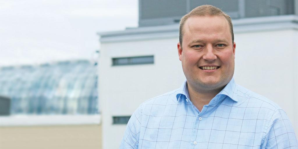 Jarmo Räihä - Teollisuuden Maailma - Admicom